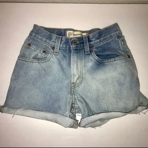 Vintave Levi's High Waisted Shorts